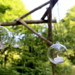 Boules en verre suspendues Brocéliande